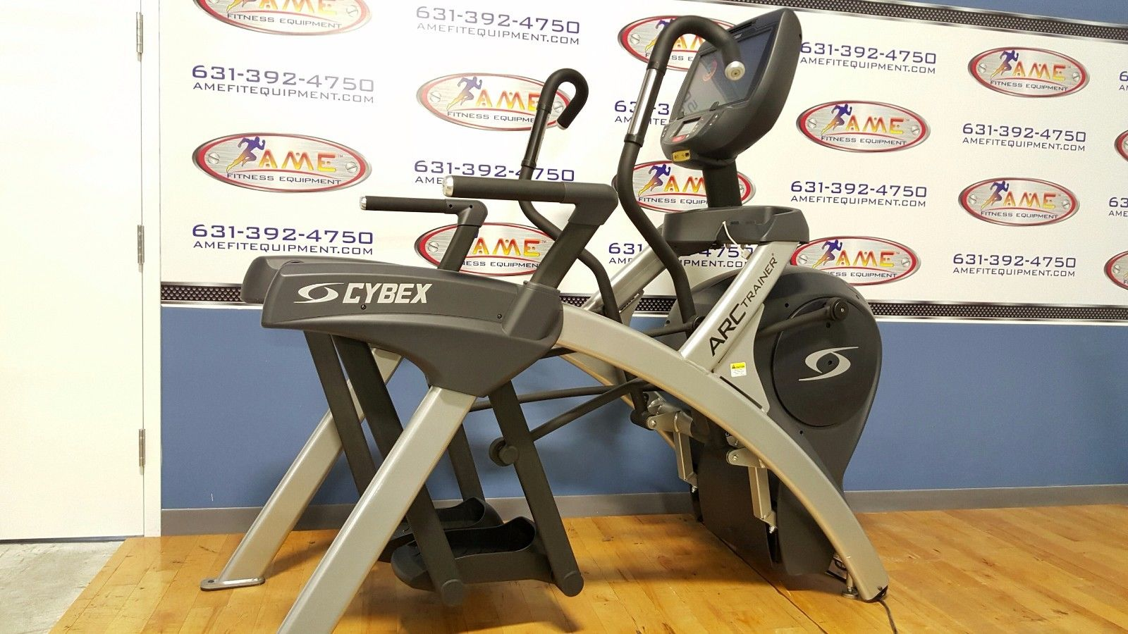 Cybex 771AT E3 Console Total Body Arc Tr...